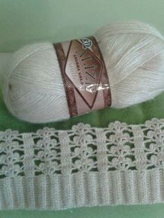 Best 10 Hand Knitting Women's Sweaters – SkillOfKing. Gilet Crochet, Crochet Pillow, Crochet Motif, Crochet Yarn, Diy Crafts Knitting, Knitting Projects, Crochet Projects, Crochet Stitches Patterns, Knitting Patterns