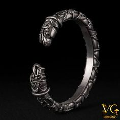 Viking Arm Ring Oseberg Style With Odin's Ravens Hugin & Munin - vikingenes Viking Bracelet, Viking Jewelry, Viking Arm Rings, Pewter Art, Viking Art, Modern Jewelry, Bracelets For Men, Crystal Jewelry, Female Art