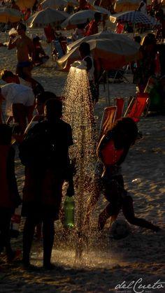 Está só começando... Praia, mar, sol, areia e uma paisagem fascinante. As cores e tons de Ipanema já inspiraram canções inesquecíveis, amores impossíveis e mentes sensíveis. Ipanema é um bairro emb...