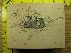 Stampa Rosa Rubber Stamp House Mouse Floating on a Leaf #1221 #StampaRosa