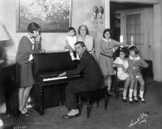 The proud entertainer Eddie Cantor, with his wife and five daughters (1929).