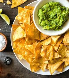 Buffalo Chicken Tacos, Baked Chicken Tacos, Chicken Dips, Savory Snacks, Easy Snacks, Keto Tortillas, Low Carb Keto, Guacamole, Tapas