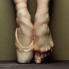 slipper / ballet feet / #pointe