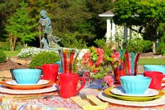 Tablescape Tuesday: Spring Fever! – Everyday Living • Colorful Spring Tablescape • Alfresco