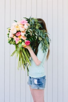 Make This: Giant DIY 'Flower Blocked' Bouquet