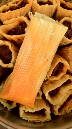 How To Cook Tamales, Masa For Tamales, Sweet Tamales, Pork Tamales, Tamale Masa Recipe, Hot Tamales Recipe, Homemade Tamales, Masa Recipes, Pork Recipes
