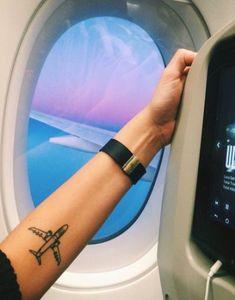 62 Ideas Travel Tattoo Plane For 2019 – Travel Mini Tattoos, Little Tattoos, Body Art Tattoos, Cool Tattoos, Tatoos, Armband Tattoo, Tattoo Arm, Aviation Tattoo, Airplane Tattoos