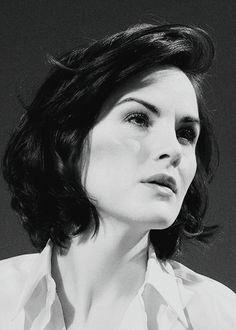 michelle dockery Michelle Dockery, Great Cuts, Lady Mary, Photoshoot Inspiration, Woman Crush, Hair Looks, Bob Hairstyles, Cute Girls, Muse
