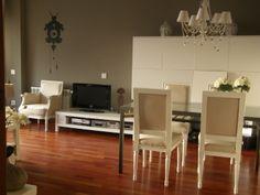 Ideas de #Salon, estilo #Clasico color  #Marron,  #Marron,  #Blanco,  #Negro, diseñado por QIONE SERVICIOS   #CajonDeIdeas