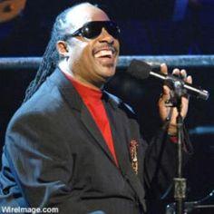 lp steve wonder - Google Search Sir Duke, Old School Music, Famous Singers, Stevie Wonder, Adam Levine, Love Of My Life, Lp, Musicians, Mens Sunglasses
