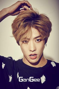 Just found this guy, wow. Doesn't he look similar to Sungyeol from infinite?repin if u do.  Takuya | Cross Gene