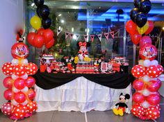 Minnie Sweet table