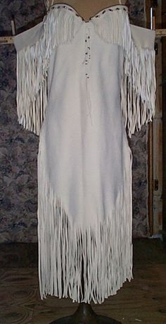 Sexy white suede deer hide dress with bustier and lace up back… Native American Wedding, Native American Clothing, Native American Regalia, Native American Women, American Jewelry, Indian Dresses, Indian Outfits, Indian Clothes, Native Indian