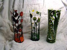 avec des verres à bière, je fais des vases!! les papillons se sont déjà envolés... à peine fini, déjà vendu........ un photophore, mil...