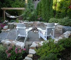 patio ideas -- this landscaper is in Washington.  Took awhile to figure it out since their site doesn't mention it. :(