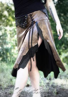 This would help add the woodsman's daughter vibe to Avey's attire. Women's Studded Viking Wrap Skirt by CurvyWench on Etsy, Costume Viking, Viking Cosplay, Larp, Viking Pants, Vikings, Fantasy Costumes, Costume Design, Cool Outfits, Dress Up