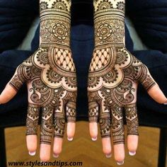 Some trending and stunning mehndi designs for this wedding season! Some trending and stunning mehndi designs for this wedding season!,Mehendi designs Some trending and stunning mehndi designs for this wedding season! Henna Hand Designs, Indian Henna Designs, Mehndi Designs Finger, Latest Bridal Mehndi Designs, Mehndi Designs 2018, Mehndi Designs For Beginners, Mehndi Designs For Girls, Wedding Mehndi Designs, Full Hand Mehndi Designs