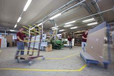 #Handwerk und moderne Technik - #craftsmanship in a modern environment - Tischlerei Radaschitz GmbH. Ladder, Modern, Design, Technology, Projects, Timber Wood, Stairway, Trendy Tree