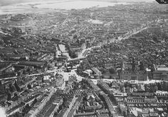 Aerial view of Rotterdam before it got destroyed by the Nazis : europe Rotterdam Architecture, City Maps, Old City, Delft, Aerial View, Old Pictures, Paris Skyline, Holland, Amsterdam