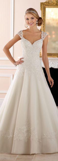 Wedding-Dress-by-Stella-York-Spring-2017-Bridal-Collection-6439F-Stella-York-e1511388472648.jpeg 615×1,686 pixels