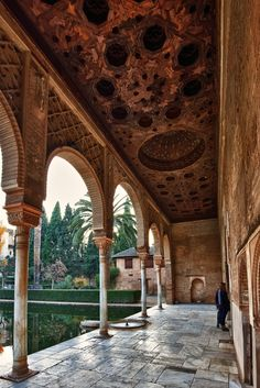 Luxury Holidays in Spain , Madrid-experience Luxury Travel Agency Islamic Architecture, Amazing Architecture, Architecture Design, Alhambra Spain, History Of Islam, Seville Spain, Arabesque, Le Palais, Spain Travel
