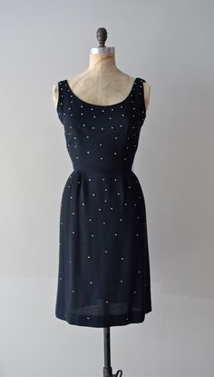 vintage 1950s dress :)