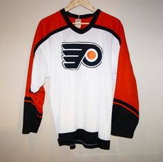 Vintage CCM Philadelphia Flyers Jersey  Size L DM for PRICE . . . #flyers #philly #philadelphiaflyers #nhl #hypebeast #hype #dope #vintage #vintagestyle #vintageseller #vintagesellersofinstagram #streetwear #streetstyle #90s  #90sfashion #80sfashion #thriftstorefinds #thrifting #torontolife #toronto #mensfashion #menswear #men #clothing #selling #buyselltrade #sports