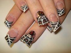 DIY halloween nails: DIY Halloween nail art : Halloween nail idea