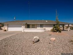 3981 Albacore Dr, Lake Havasu City, AZ 86406 - Listing #: 915202Take a look at this spacious 3 bedroom home with very large bedrooms, Split floorplan, formal dinning room. Close to the desert for the off-road enthusiasts. Tons of RV parking with hookups. Room to add a pool on the side of the home or an additional garage. Enjoy your sunset views from your covered patio. Come see this home today. Call us today 928-275-1152
