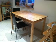 Small Wood Kitchen Table: 25 Euros, less then 2 years old, excellent condition.