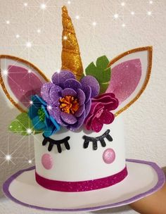 bonnets Super Hat Crazy For Kids Unicorn Ideas Easter Crafts, Crafts For Kids, Projects For Kids, Easter Hat Parade, Tea Party Hats, Tea Parties, Crazy Hat Day, Funky Hats, Mad Hatter Hats
