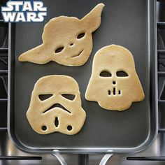 @Melissa Sims can i please buy these for your family! Lol Star Wars Heroes & Villains Pancake Molds