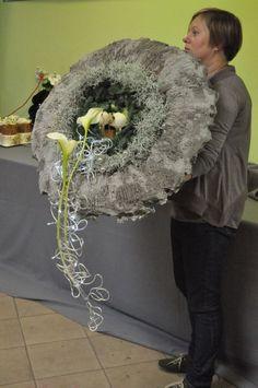 Galeria - Świąteczny pokaz w Hurtowni Rekpol - 4.11.2012 | florystyka, ciekawostki florystyczne, portal dla florystów Door Wreaths, Funeral, Portal, Crown, Christmas, Jewelry, Crown Cake, Xmas, Corona