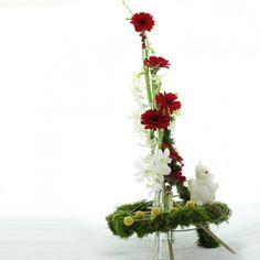 YaU Concept _ YaU flowers _ catalog YaU Craciun 2011_chrstmas table decoration #christmas #christmasdecor #holiday #christmasdecorations #yauconcept #yau #christmasdecoration #flowers #christmasflower #christmasarrangement #modernchristmas