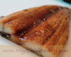 How to Make Green Dragon Shrimp Tempura Sushi Roll Eel Recipes, Sushi Roll Recipes, Asian Recipes, Bbq Eel Recipe, Cooked Sushi Rolls, Shrimp Tempura Sushi, Eel Sushi, Temari Sushi, Crab Stuffed Shrimp