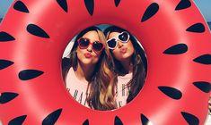 Fotos na piscina: criativas, poses, estilo Tumblr e com amigas | We Fashion Trends