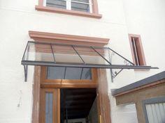 Vordach und seitlicher regenschutz aus sicherheits glas - Verspiegelte fenster haus ...
