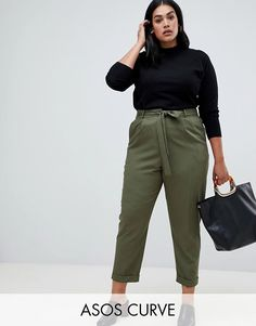 Shop the latest ASOS DESIGN Curve woven peg pants with obi tie trends with ASOS! Work Fashion, Fashion Pants, Fashion Outfits, 50 Fashion, Looks Plus Size, Look Plus, Plus Size Party Dresses, Plus Size Outfits, Curvy Girl Outfits