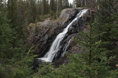 Hepoköngäs waterfall long eposure 2009-10-03 - Puolanka – Wikipedia