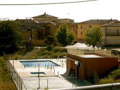 Piscinas. Cofita, Huesca, Spain.