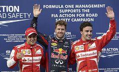 Massa, Vettel y Alonso saludan y posan como los más rápidos de la calificación.