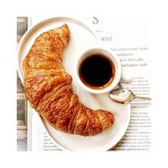 guten morgen! #sorger #sorgerbrot #croissant #coffee #coffeetime #morning #goodmorning #gutenmorgen #bakery #bäckerei #gebäck #onmytable #butfirstcoffee #foodporn #foodphoto #foodphotography #foodlover #flatlays #foodstyling #igersaustria #igersgraz #view #goodvibesonly #flatlayoftheday #details #morning #breakfast #yummy # Croissant, Food Styling, Food Porn, But First Coffee, Coffee Time, Food Photography, Bakery, Morning Breakfast, Good Morning