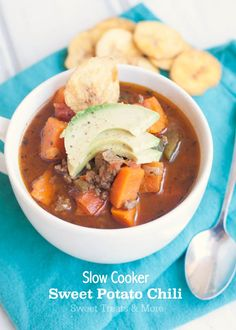 Slow Cooker Sweet Potato Chili | Sweet Treats and More