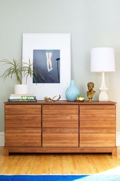 "How to: Two Ways to Style a Modern Credenza - Soft Modern Credenza Styled – Sauder ""Put Together"" Design Challenge - Sideboard Dekor, Credenza Decor, Dining Room Sideboard, Console, Modern Credenza, My Living Room, Interior Design Living Room, Home And Living, Living Room Designs"