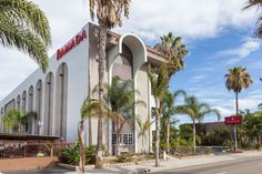Ramada Oceanside - Hotels.com - Hotel rooms with reviews. Discounts and Deals on 85,000 hotels worldwide