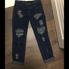 One Teaspoon Baggies..TRADE DO NOT BUY Awesome distressed awesome baggies ....dark denim!! Great fit!!!! Sz 26 only worn 2 times!!! One Teaspoon Jeans