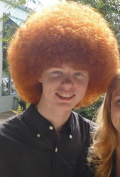 Ginger Afro- I love red hair, but this made laugh! Bad Hair Day, Big Hair, Smosh, People With Red Hair, Ronald Mcdonald, Ginger Hair Color, Hair Colour, Afro Hairstyles, Hair Humor