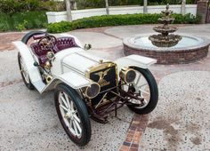 American Underslough,very old car : 1908. When the car were manufactured, it was a real sport car with 50hp. This car will be sold in Bonhams auction of Amelia Island on March 12.   Complete catalog explain on News d'Anciennes : www.newsdancienne.com  Issu de l'article : Amelia Island : vente Bonhams | News d'Anciennes #VintageCar #ClassicCar