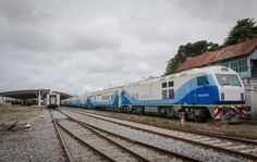 CRÓNICA FERROVIARIA: Línea Roca: Partió el primer tren de prueba de Mar...