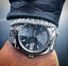 In some cases part of that image is the quantity of money you invested to use a watch with a name like Rolex on it; it is no secret how much watches like that can cost. Rolex Watches For Men, Seiko Watches, Luxury Watches For Men, Cool Watches, Cartier Rolex, Rolex Datejust Ii, Best Designer Bags, Designer Belts, Skeleton Watches